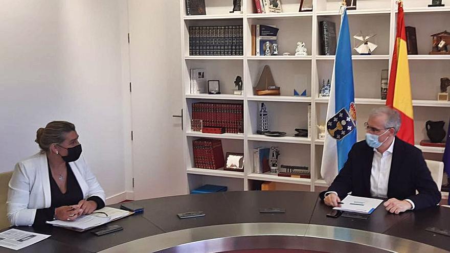 La Xunta da explicaciones sobre los eólicos a la oposición de Gondomar