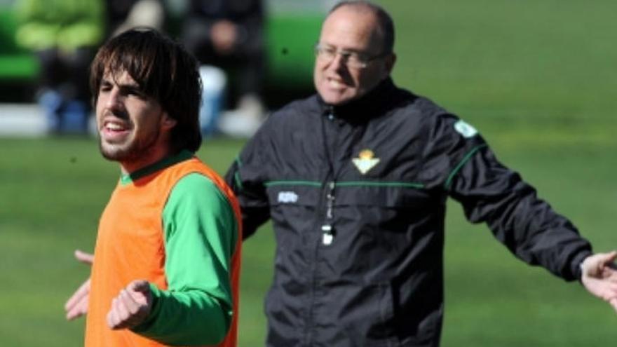 Mel y su pasión por la cantera: en el Betis ya hizo debutar a 18 jugadores