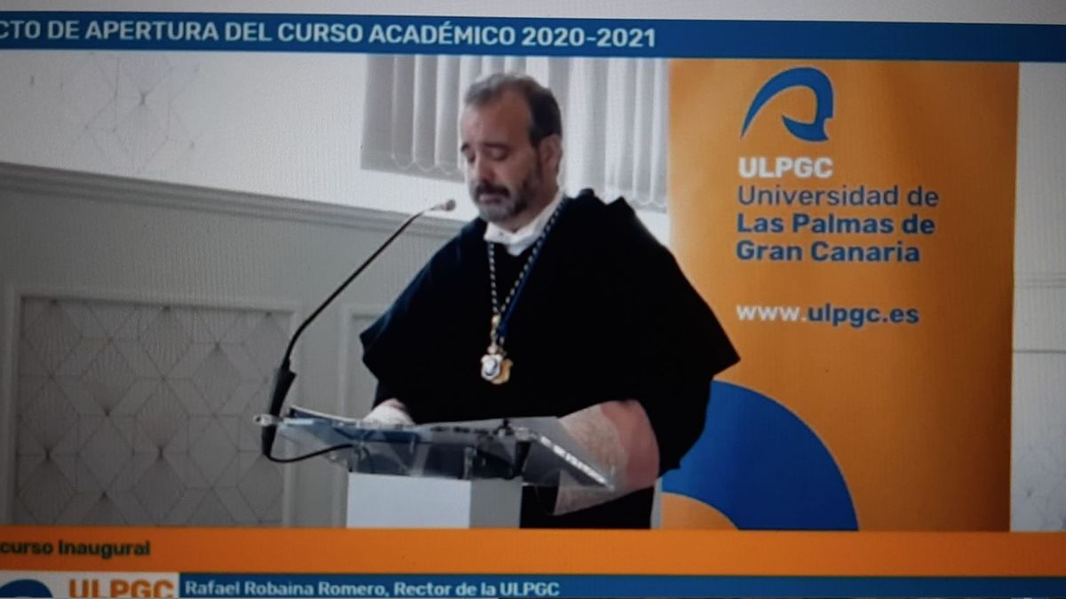 The rector of the ULPGC, Rafael Robaina, during his speech at the opening ceremony of the 2020-21 academic year.