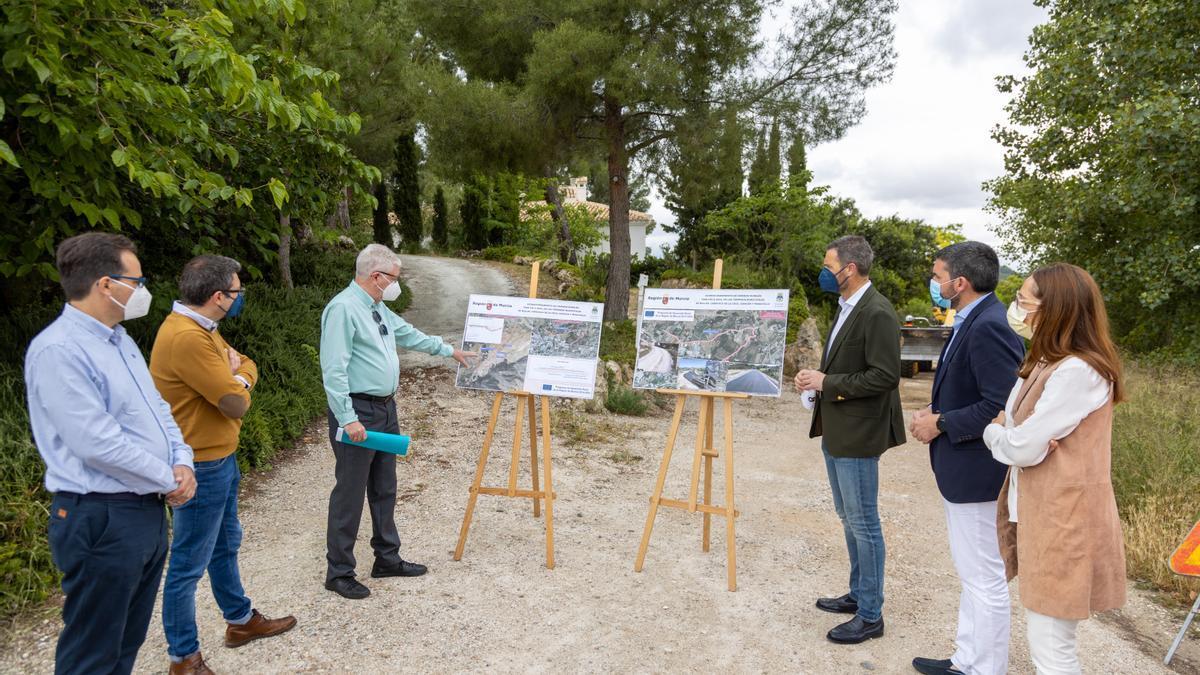 Mejora de caminos rurales en Caravaca