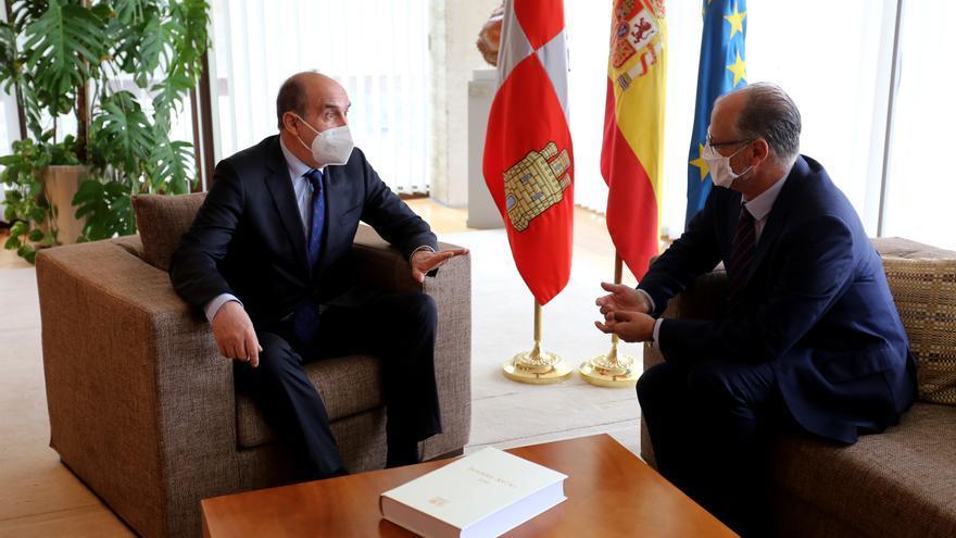 El Procurador del Común recoge 1.807 expedientes relacionados con el COVID en Castilla y León