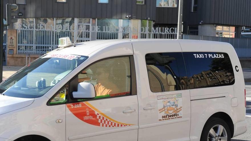 Murcia contará con más taxis en circulación los fines de semana