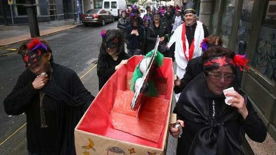 Dotan con 1.250 euros el concurso de disfraces que cerrará el Enterro do Salmón