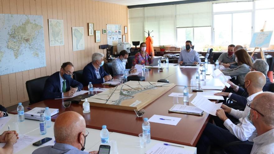 El director general de Transportes expone en Benavente a la asamblea del Cylog estrategias para renovar los enclaves logísticos