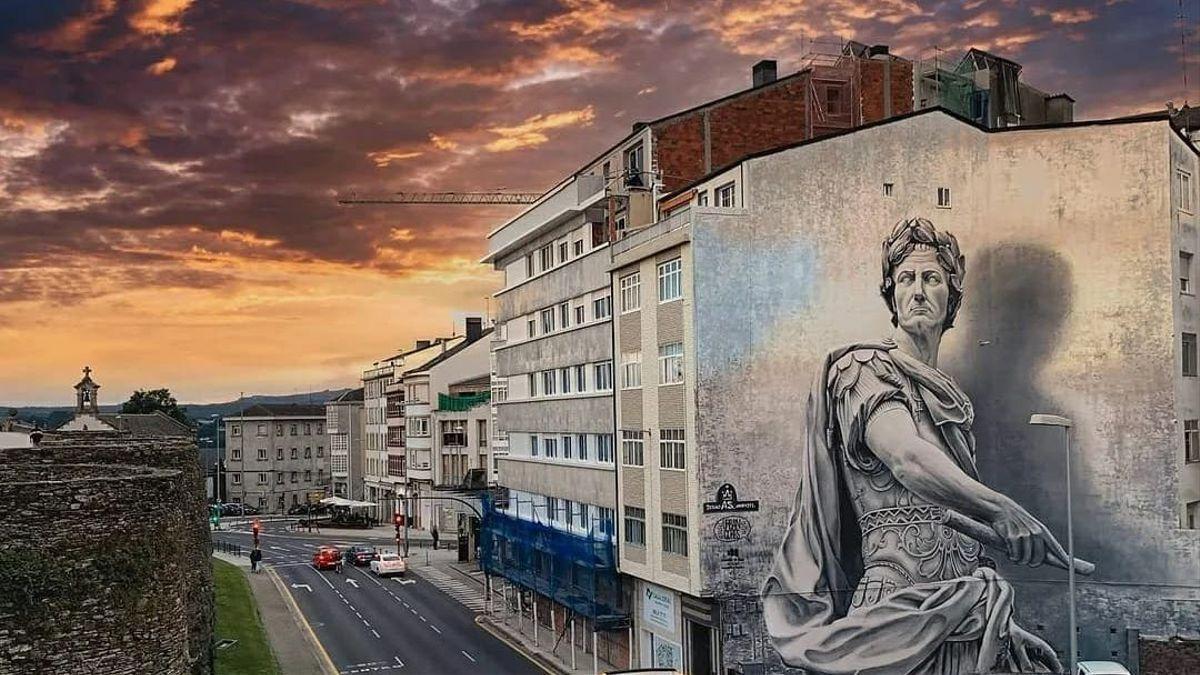 El graffiti de Diego As en el que Julio César vigila la muralla lucense