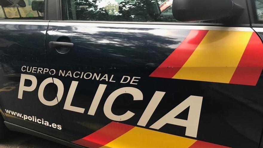 Una riña tumultuaria con botellas rotas y cuchillos en la avenida del Ecuador de València deja ocho detenidos