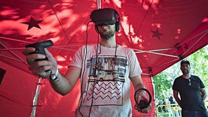 La realitat virtual aixeca l'espectador de la cadira amb unes ulleres 'hi-tech'
