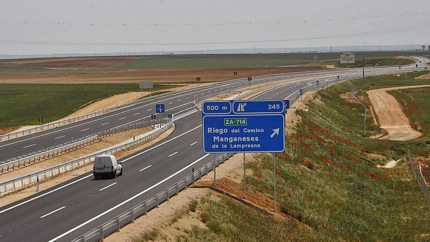 Más de 13.000 personas se suman a la recogida de firmas virtual contra el pago de peajes en autovías, que afecta a Zamora