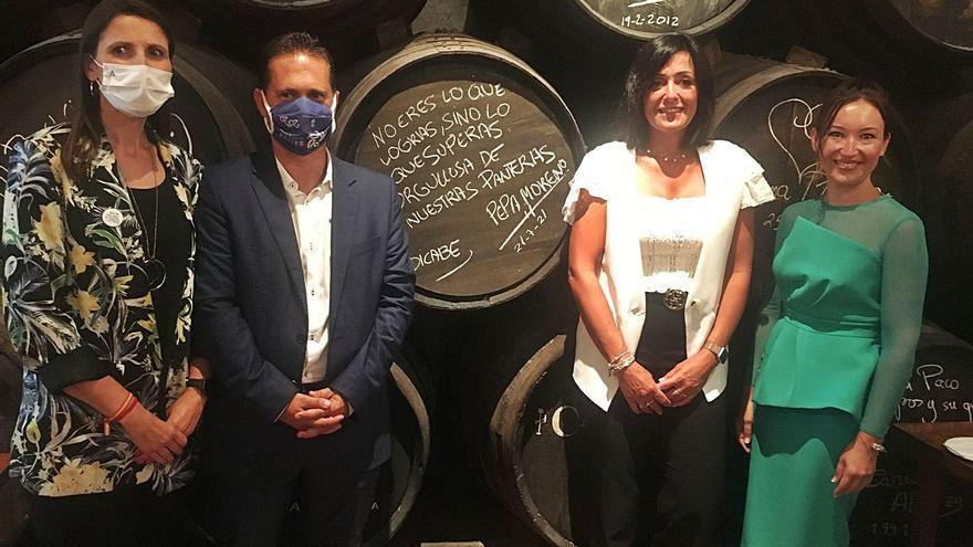 Reconocimiento a Pepa Moreno y al Costa del Sol Málaga en la Bodega El Pimpi