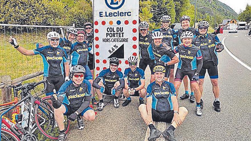 La penya Pachons de Manresa ha estat present al Tour de França