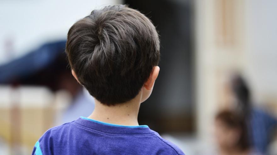 Un padre corta los genitales a su hijo de 4 años como castigo por haberse orinado en la cama