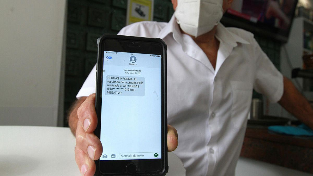 Notificación enviada por el Sergas con el resultado de un PCR en Galicia