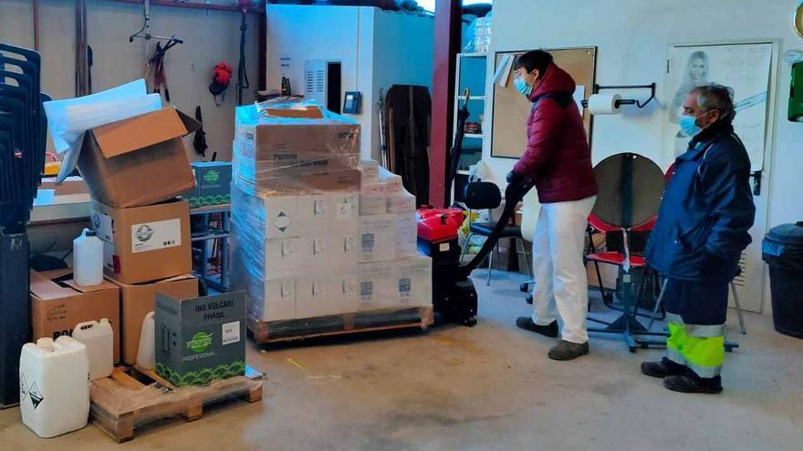 El Ayuntamiento de San Fulgencio compra material sanitario y de limpieza para actuar frente al covid