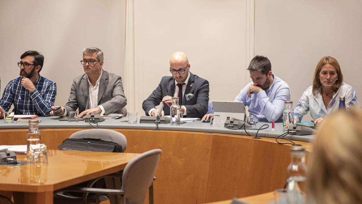 Imatge d'arxiu d'una sessió ordinària de l'Ajuntament de Lloret de Mar.