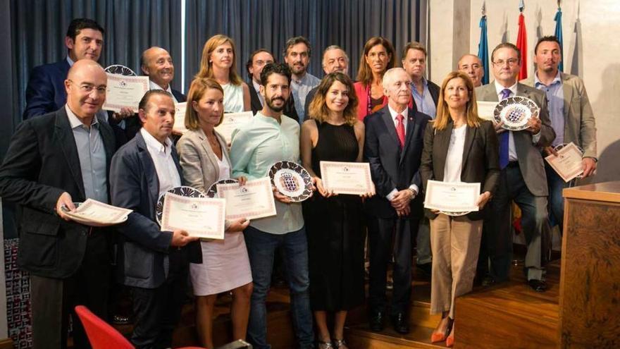 """""""Día de Galicia"""" premia a varias empresas asturianas y gallegas"""
