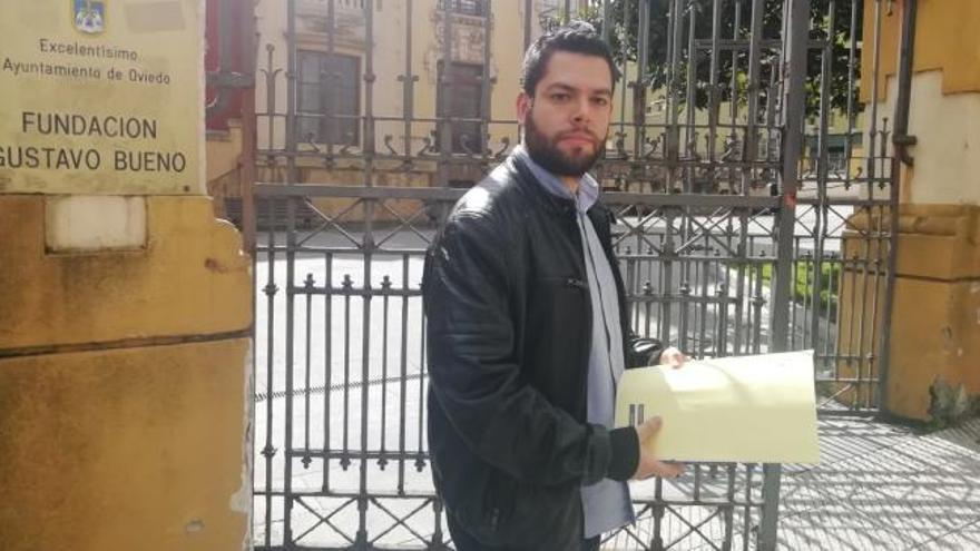 El concejal Rubén Rosón, denunciado por hacer botellón en el Campillín