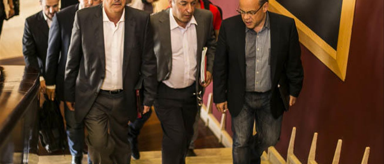 CC y PSOE confían en desbloquear los problemas de los pactos locales