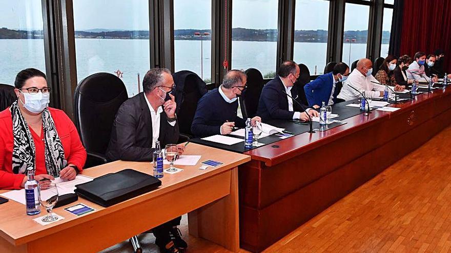 Oleiros y Coirós, únicos concellos del área que estrenan año con las cuentas de 2021 en vigor