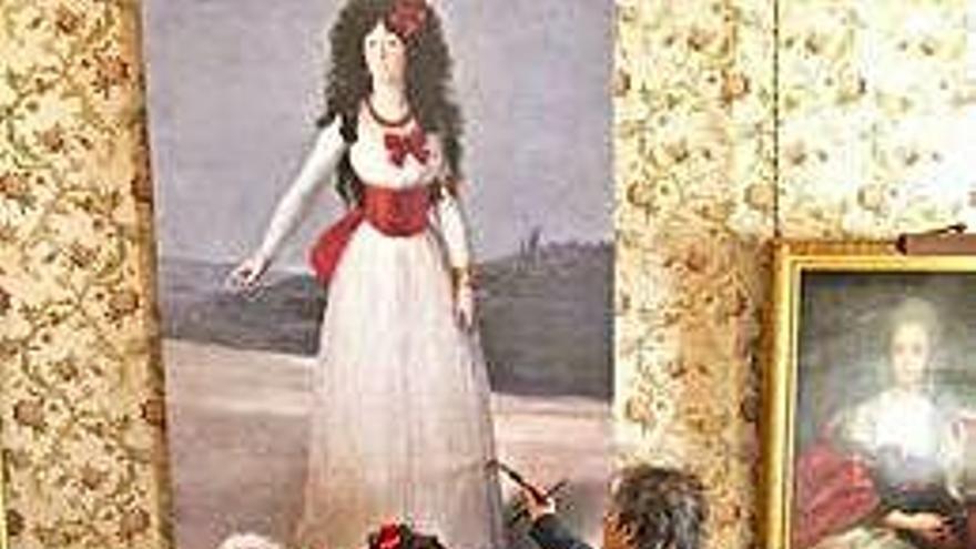 Eugenia Martínez de Irujo y su pareja se disfrazan de la XIII duquesa de Alba y de Goya