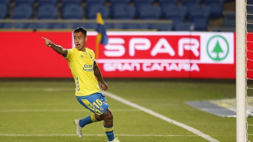 Mesa y Araujo firman la salvación de la UD Las Palmas y bendicen a Mel (2-0)