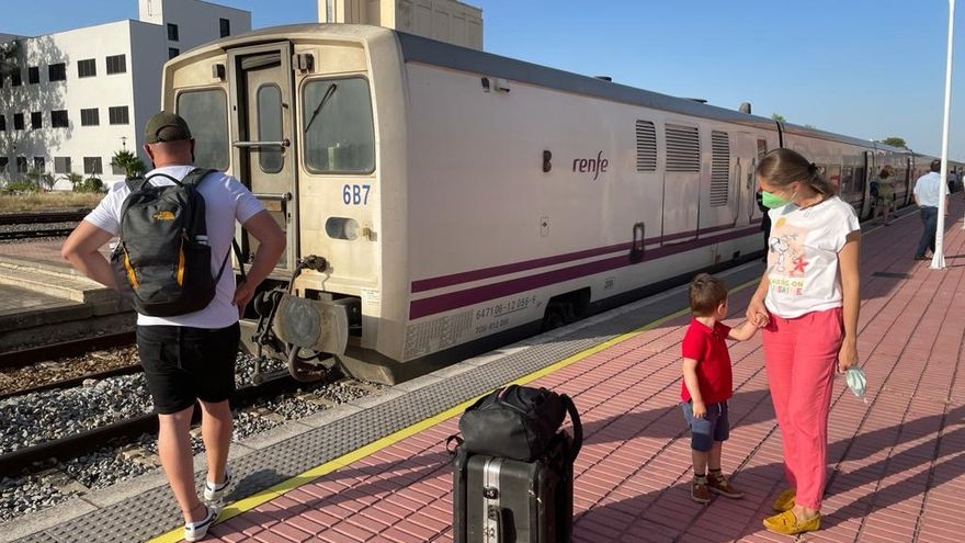 Una avería en el tren Madrid-Badajoz obliga a parar en Navalmoral