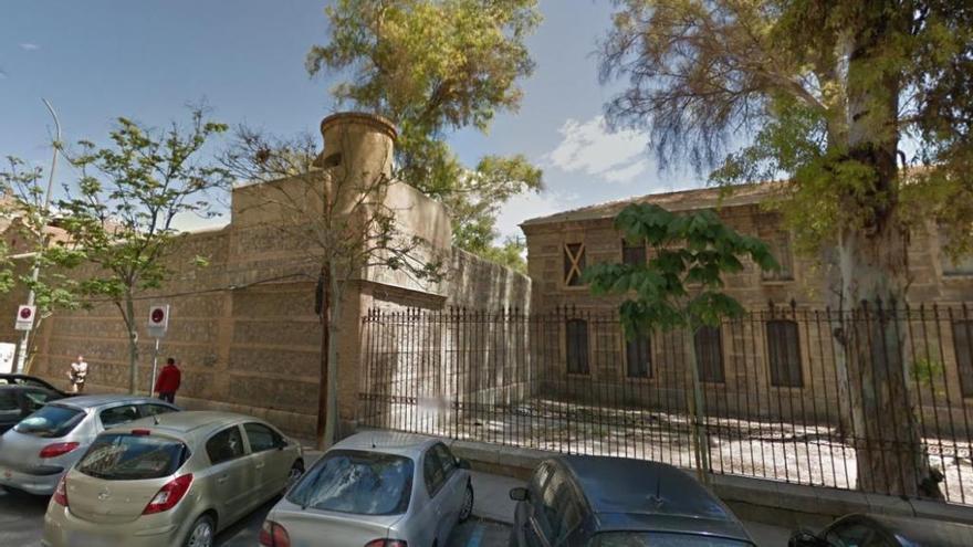 Huermur solicita la paralización del derribo de los muros de la Cárcel Vieja
