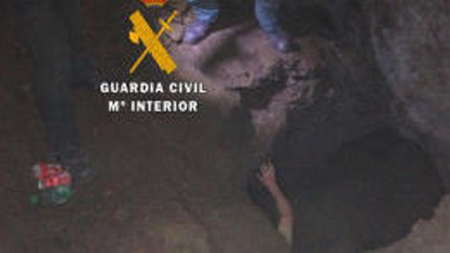 Rescatan en una cueva a un turista alemán en Málaga