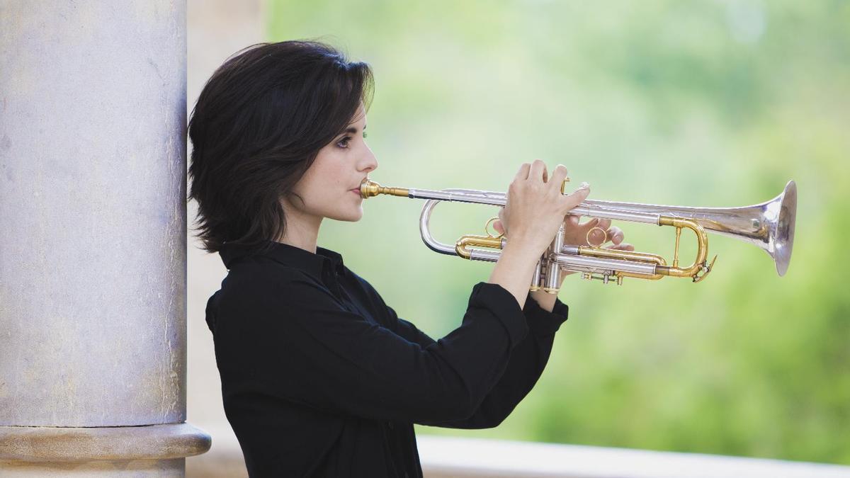 La trompetista y cantante catalana Andrea Motis.