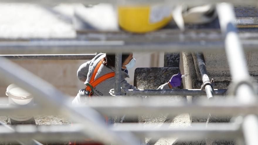 El enjambre sísmico de Granada deja una veintena de terremotos en 24 horas