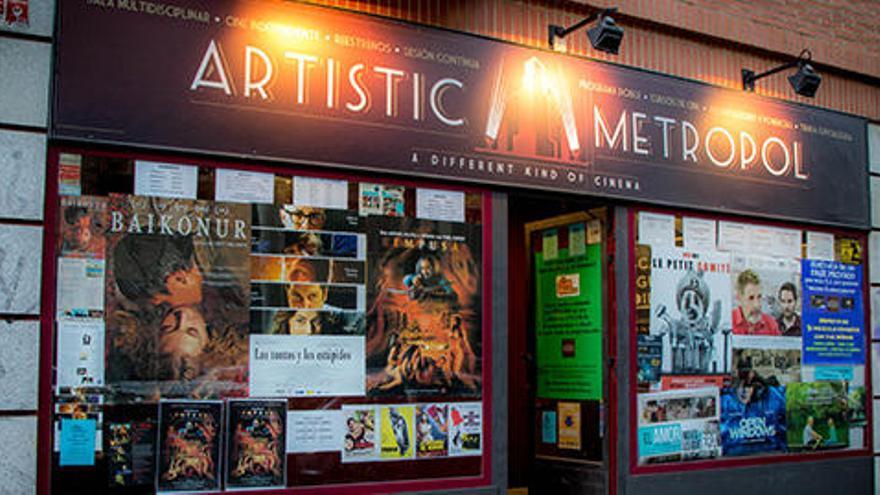 Un cine de Madrid permitirá pagar las entradas con pesetas hasta abril