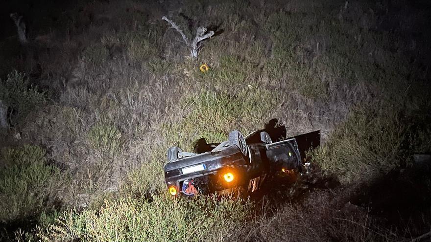 Heridas cuatro mujeres tras volcar con su vehículo en Torre Pacheco