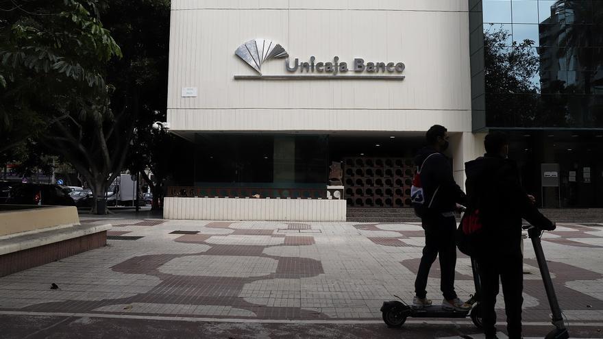 Unicaja Banco culmina la absorción de Liberbank y ya es el quinto banco español en dimensión