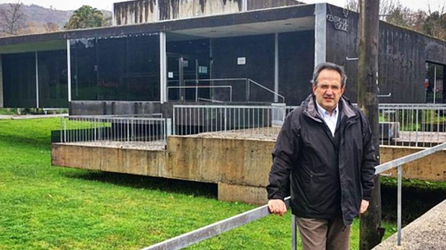 """El alcalde ve """"barriobajero"""" al PSOE y niega problemas Covid en instalaciones municipales"""