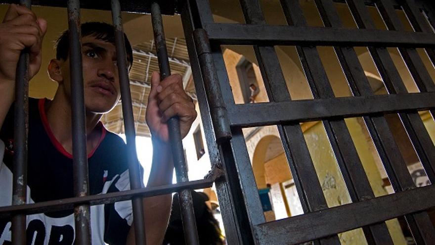 La Fiscalía sube los fallecidos en el motín de Guayaquil a cinco