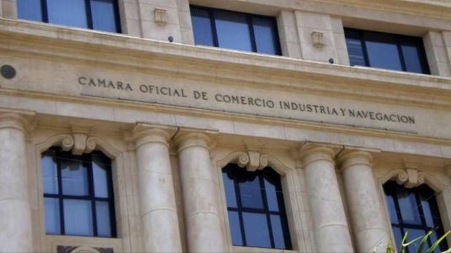 """La Cámara de Tenerife advierte de que la recuperación económica es """"frágil e incierta"""""""