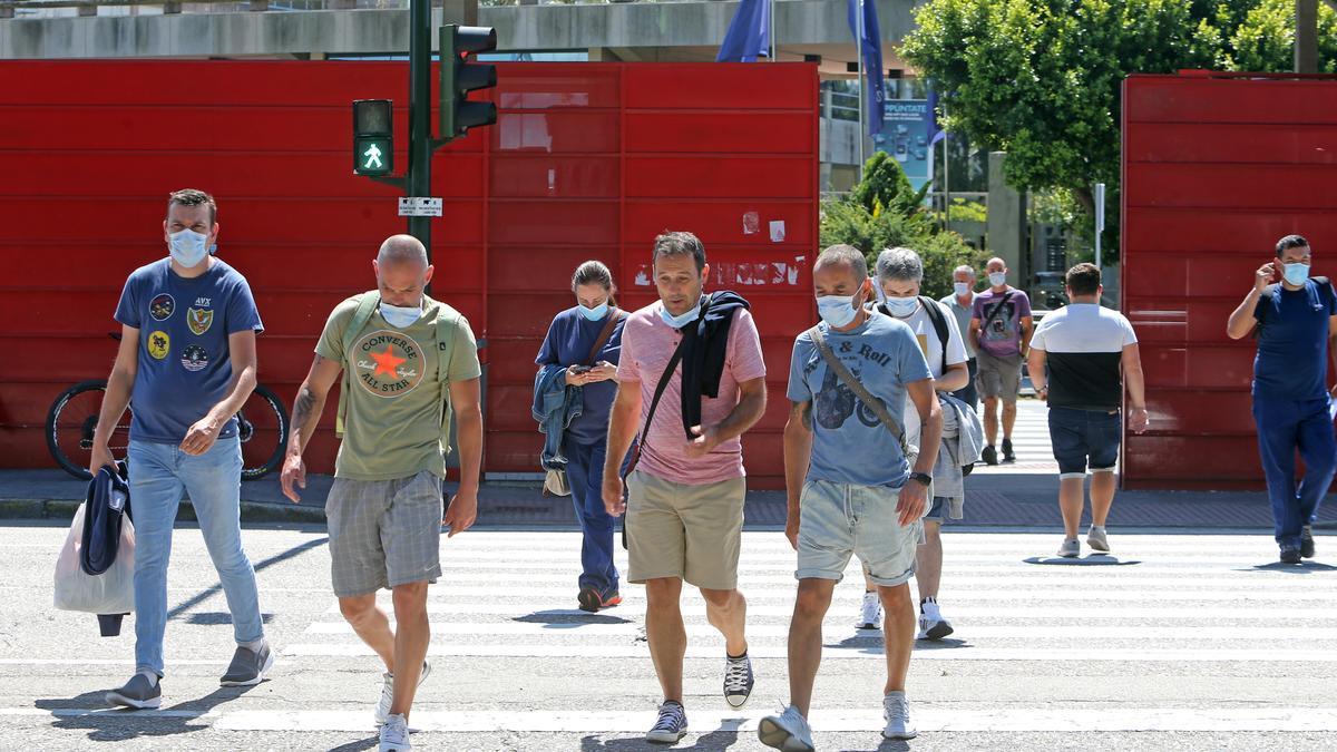 Trabajadores de la planta de Stellantis Vigo el día que regresaron al trabajo.