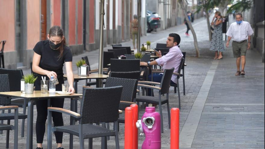 Canarias pierde 175.000 ocupados jóvenes entre las dos grandes crisis