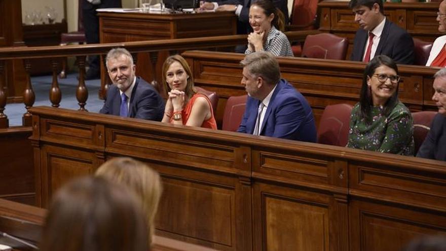 Constituida la Mesa del Parlamento de Canarias