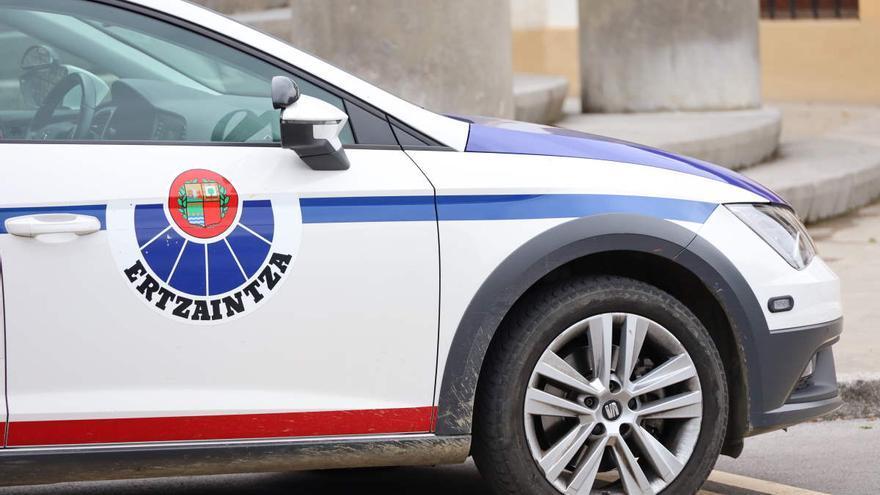 Un joven de 19 años, detenido en Vizcaya por dar a otro un navajazo en el abdomen