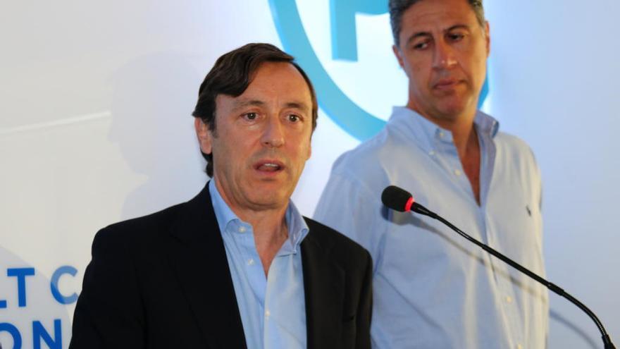 Hernando (PP) titlla Puigdemont de «líder zombi» que «ha volat tots els ponts»