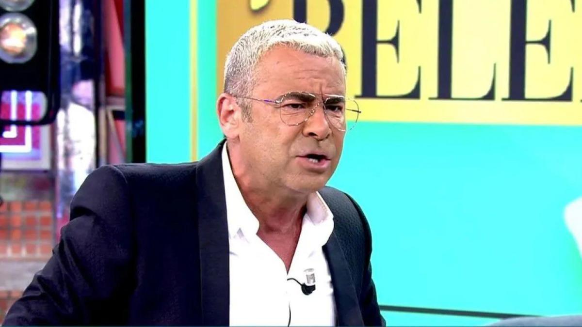 """Jorge Javier Vázquez responde a las críticas de Abascal: """"Le hacía cantando 'Cara al sol' y no viendo la tele"""""""