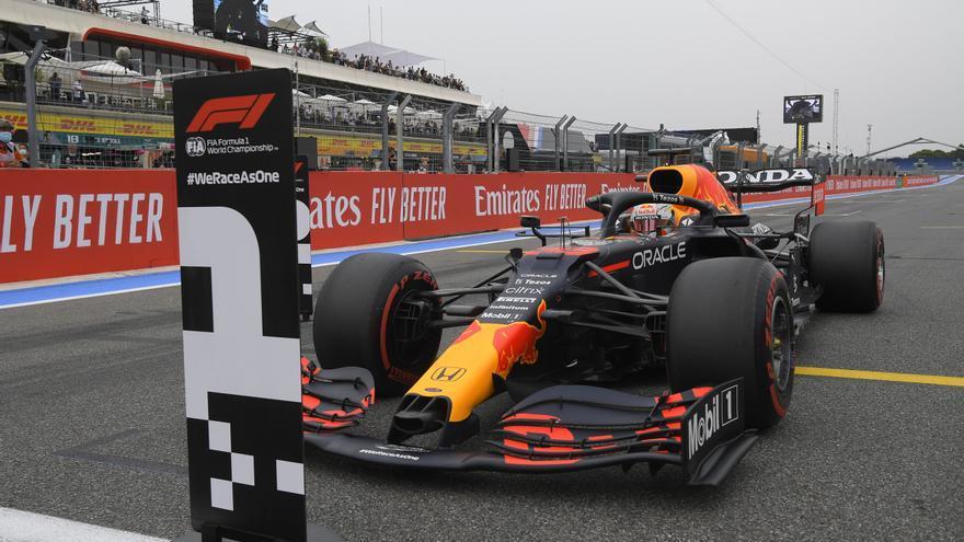 Verstappen conquista la pole en el GP de Francia por delante de Hamilton