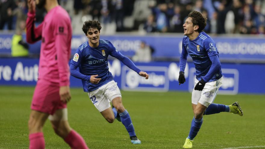 Mier y Lucas, titulares en un Real Oviedo que comenzará con Leschuk en el banquillo