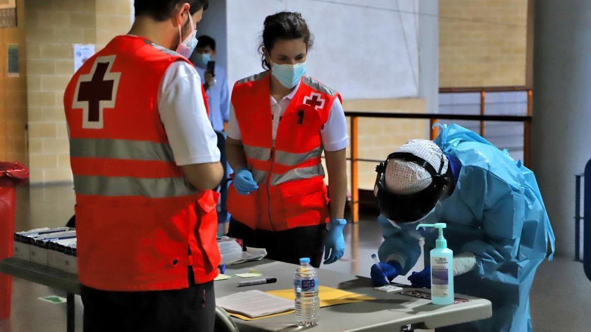 Realización de una prueba de coronavirus