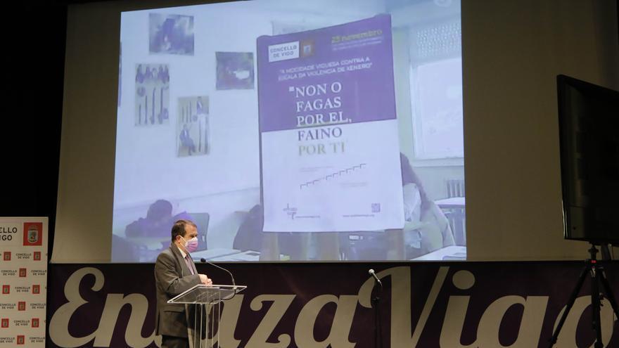 Enlaza Vigo 2020: Los jóvenes vigueses claman contra la violencia de género