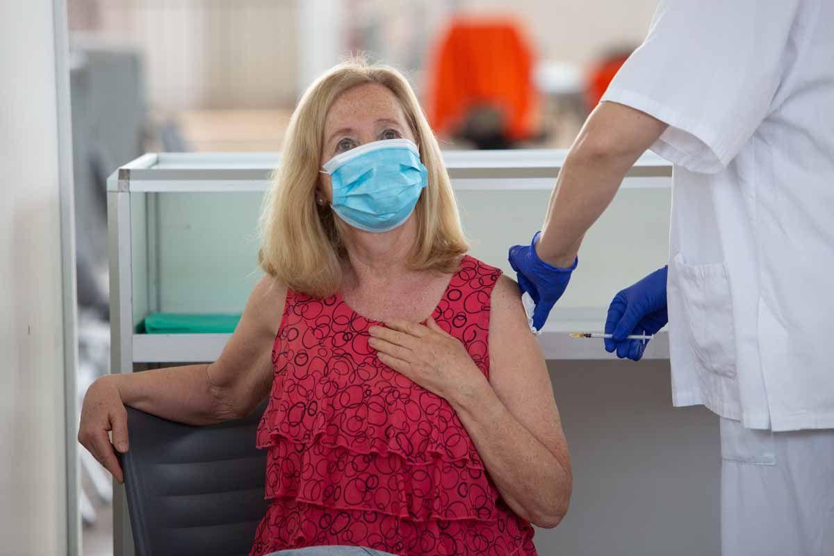 Ibiza  pisa el acelerador de la vacunación