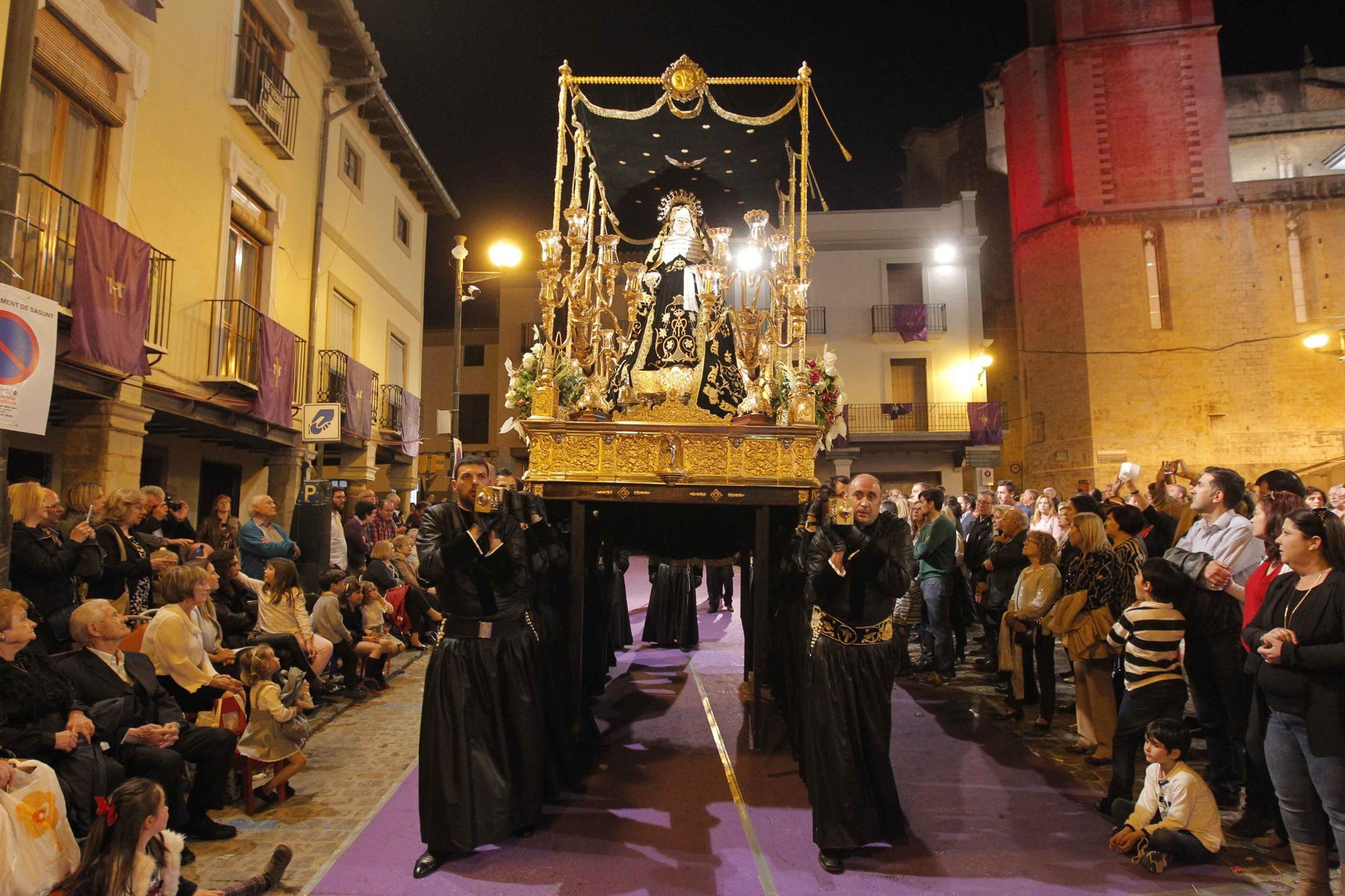Rememora las últimas procesiones de Viernes Santo en Sagunt.