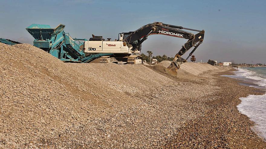 La extracción de piedras para Almenara en la costa de Sagunt acaba en la Fiscalía