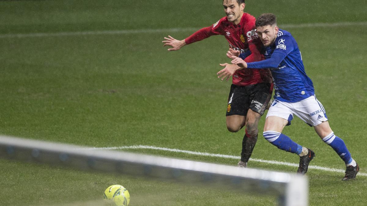 Las imágenes del partido entre el Real Oviedo y el Mallorca