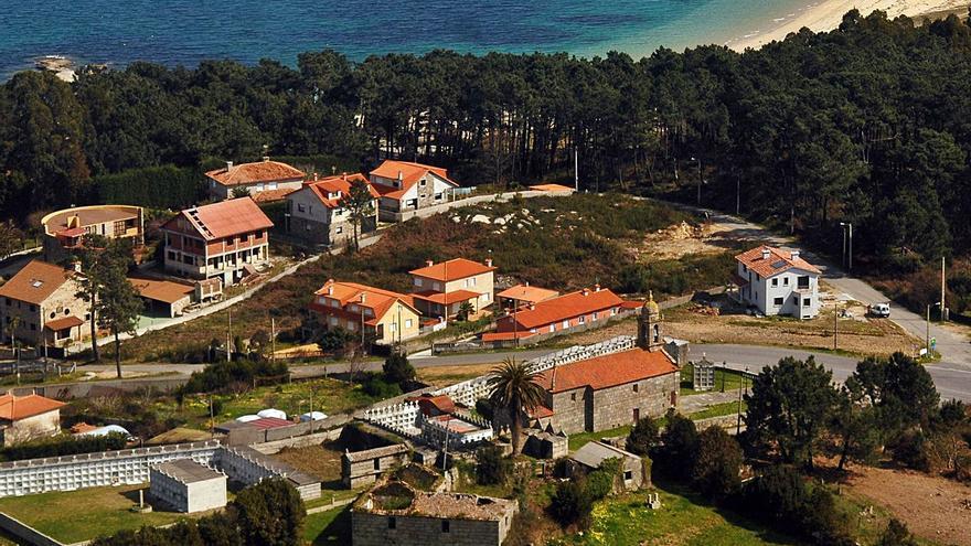 San Vicente legaliza sus cementerios y afronta la construcción de 88 nichos más